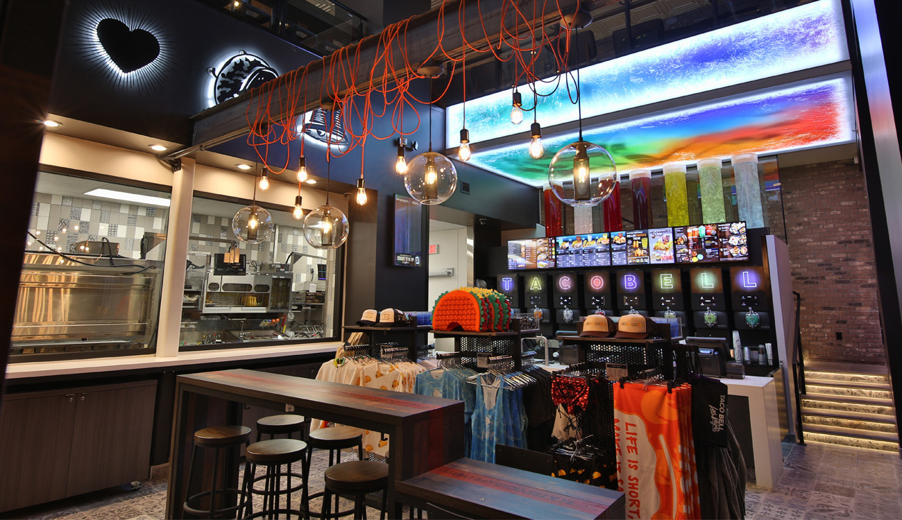 24 Hour Service >> Taco Bell's 24-Hour Las Vegas Cantina, With Alcohol And DJ - Discotech - The #1 Nightlife App